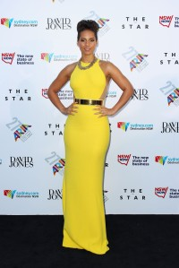 alicia-keys-27th-annual-aria-awards-sydney-australia-stella-mccartney-golden-belt-gown
