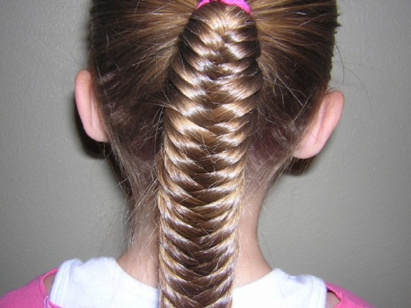 fishtail-braid-for-little-girls-6-600x450