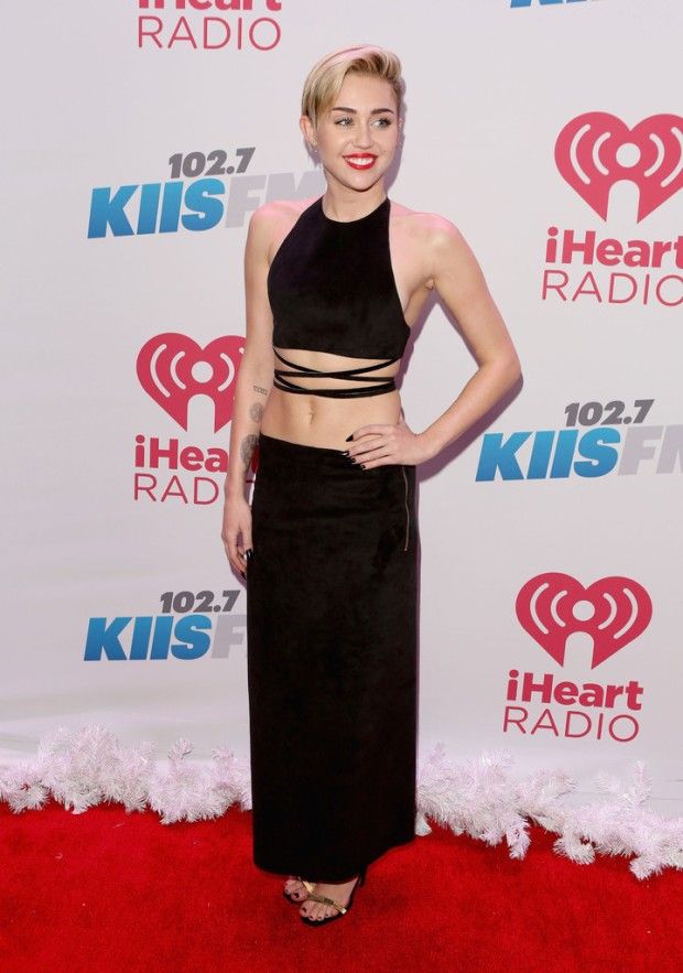 miley-cyrus-kiis-fm-jingle-ball-2013-calvin-klein-collection-1