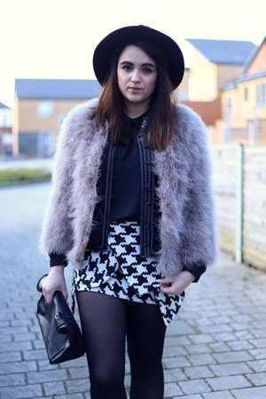 black-chunky-heel-mart-of-china-boots-puce-feather-asos-jacket